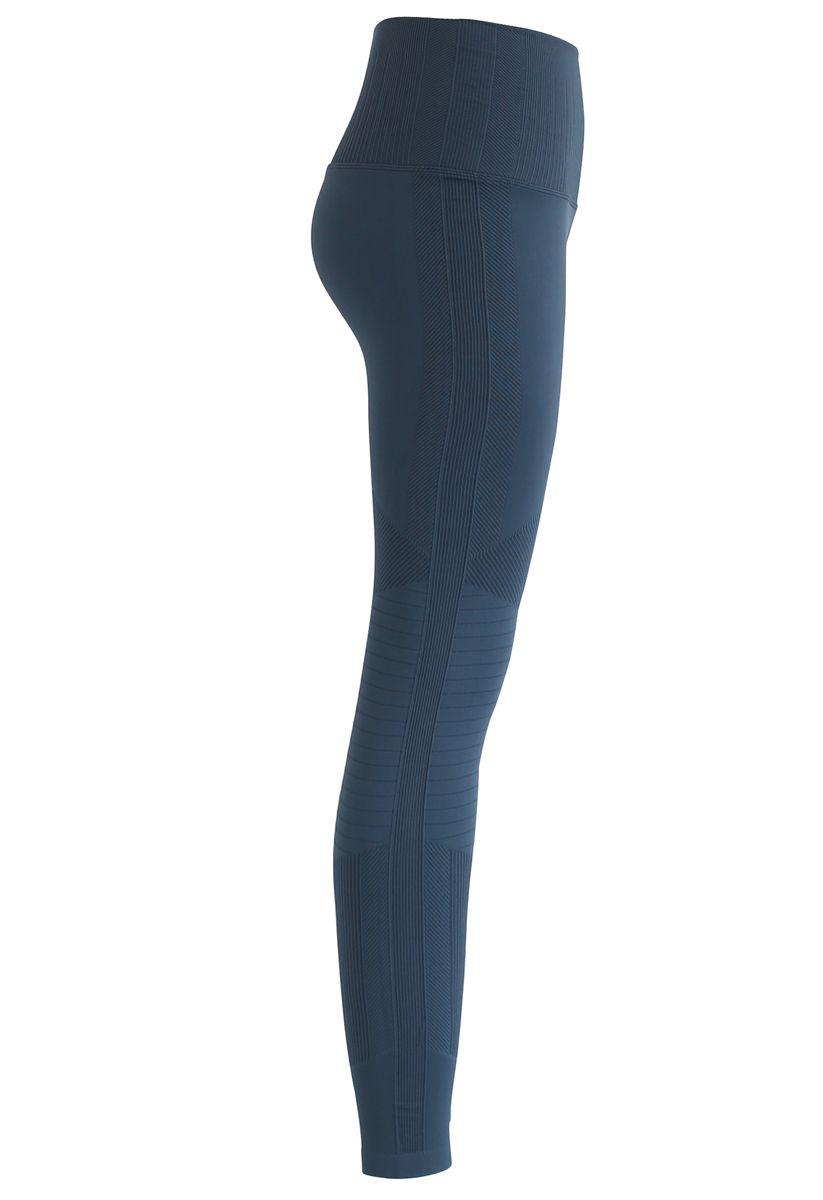 High-Rise Fitness Leggings in Dusty Blue
