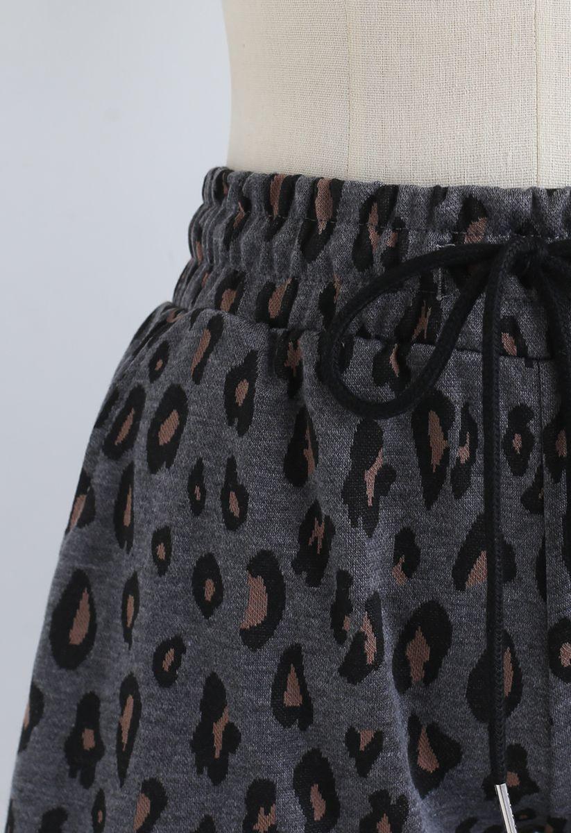 Leopard Print Drawstring Pockets Shorts in Smoke