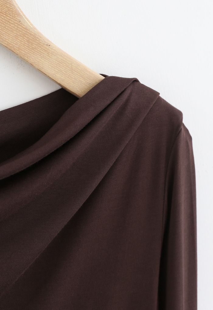 Drape Neck Long Sleeves Top in Brown