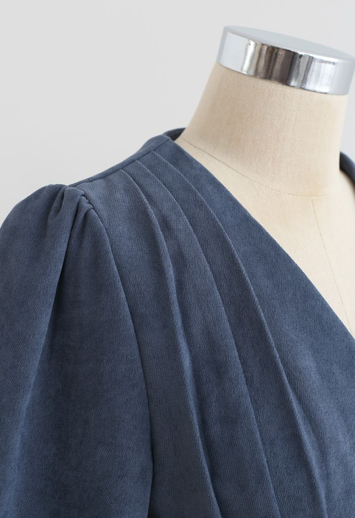 Pearl Button V-Neck Pleated Crop Top in Dusty Blue
