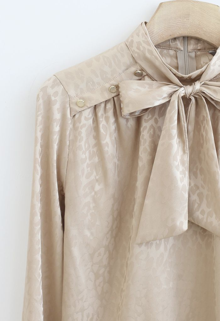 Leopard Print Buttoned Bowknot Top in Gold
