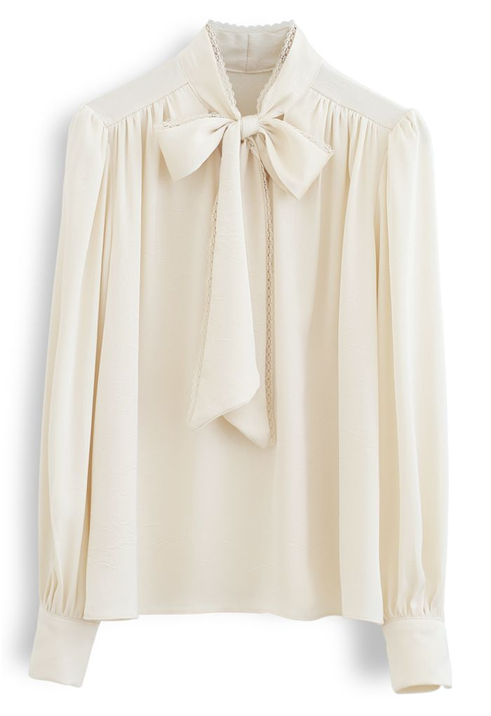 Lacy Edge Bowknot Textured Satin Top in Cream