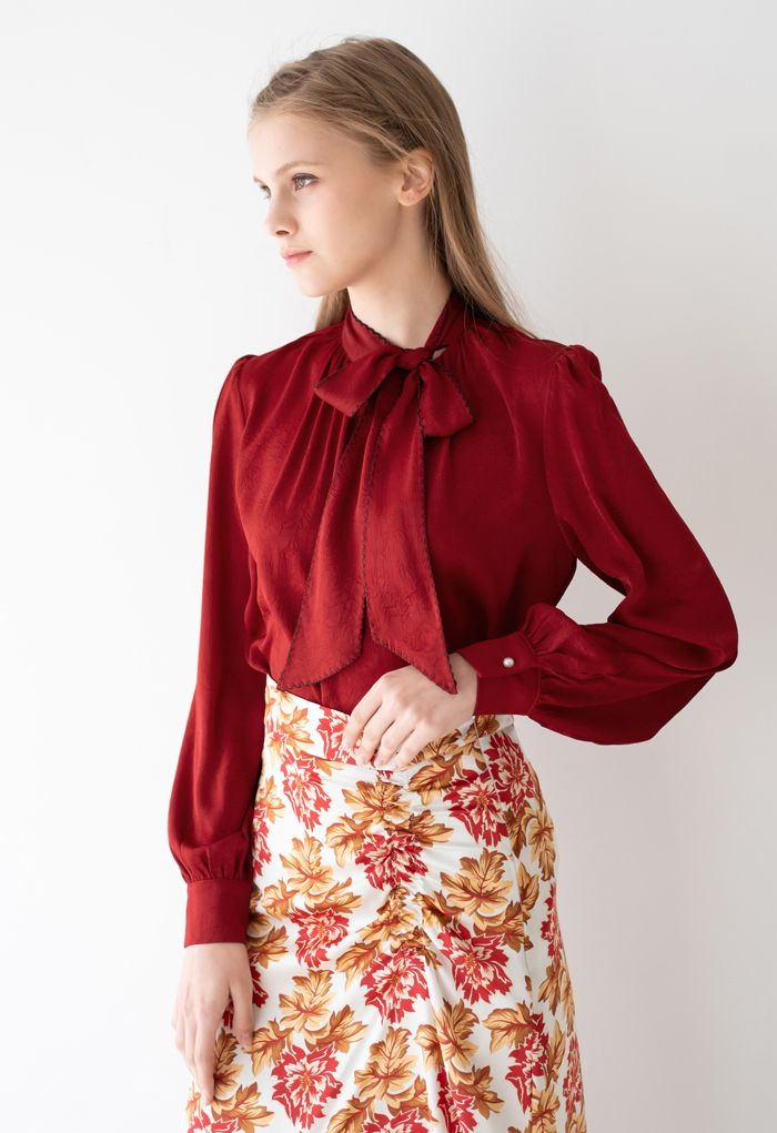 Seamed Edge Bowknot Textured Satin Top in Red