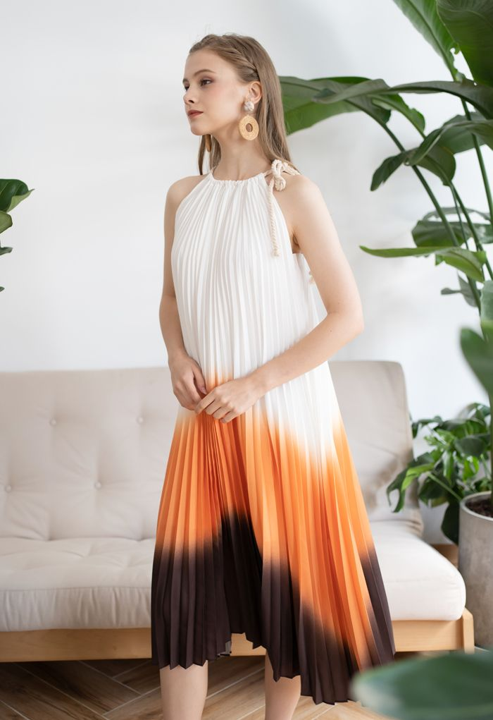 Rope Tie Halter Neck Gradient Pleated Dress