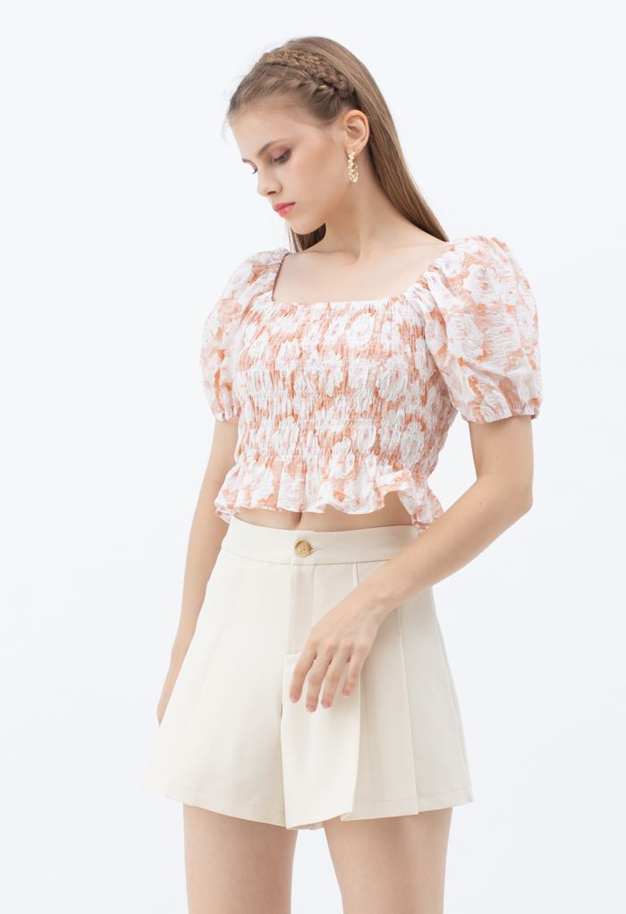 Side Pocket Pleated Shorts in Cream