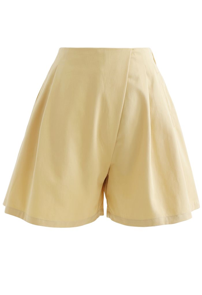 High Rise Side Zip Pocket Pleated Shorts in Yellow