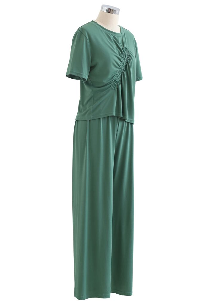 Ruched Trim T-Shirt and Pants Set in Green