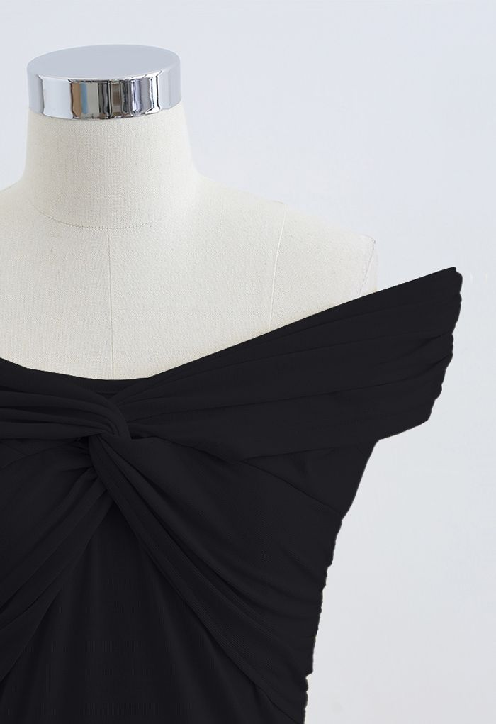 Twist Front Off-Shoulder Fitted Top in Black