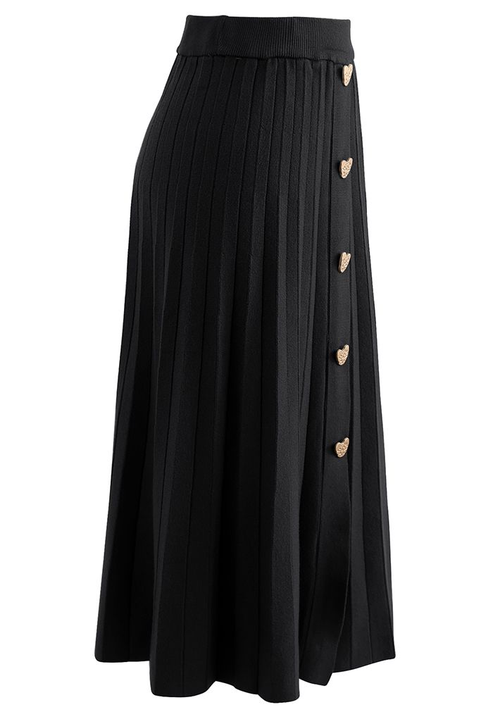 Golden Heart Decorated Pleated Knit Skirt in Black