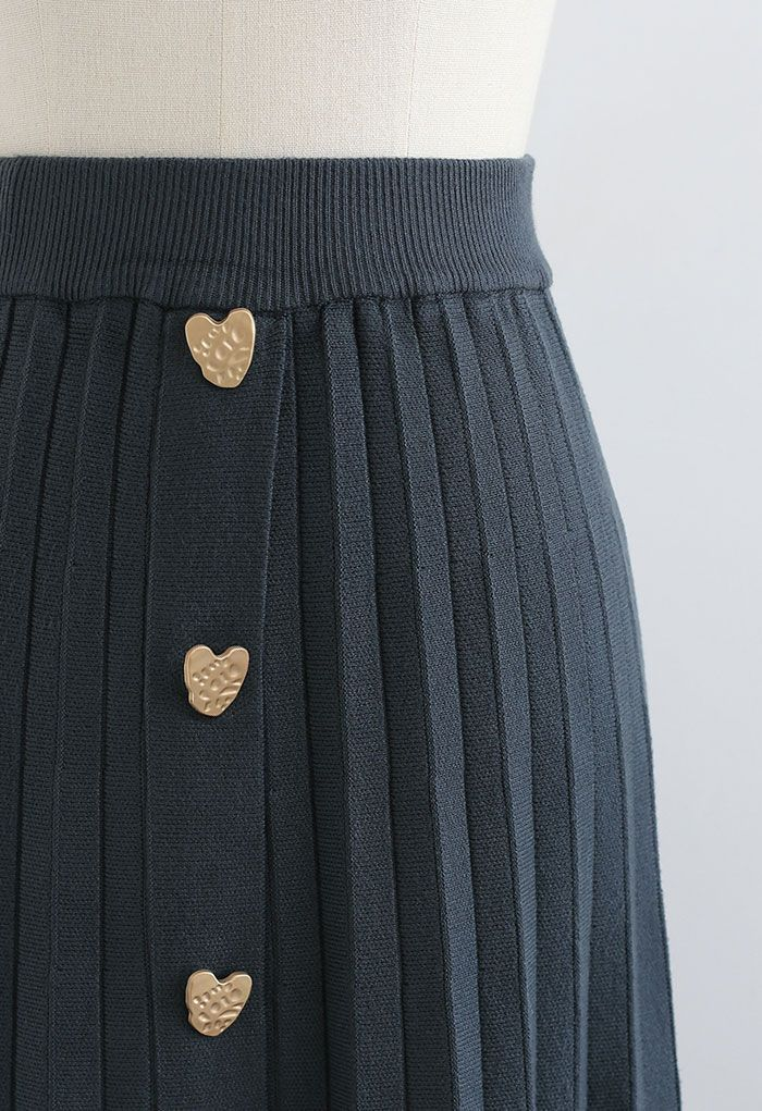 Golden Heart Decorated Pleated Knit Skirt in Sage