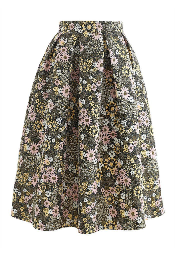 Blossom Cluster Embossed Pleated Midi Skirt in Green
