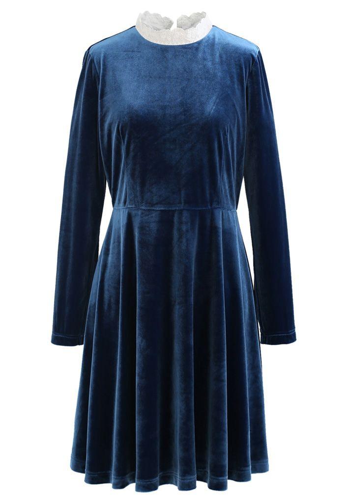 Sweet Neckline Velvet Flare Dress in Peacock
