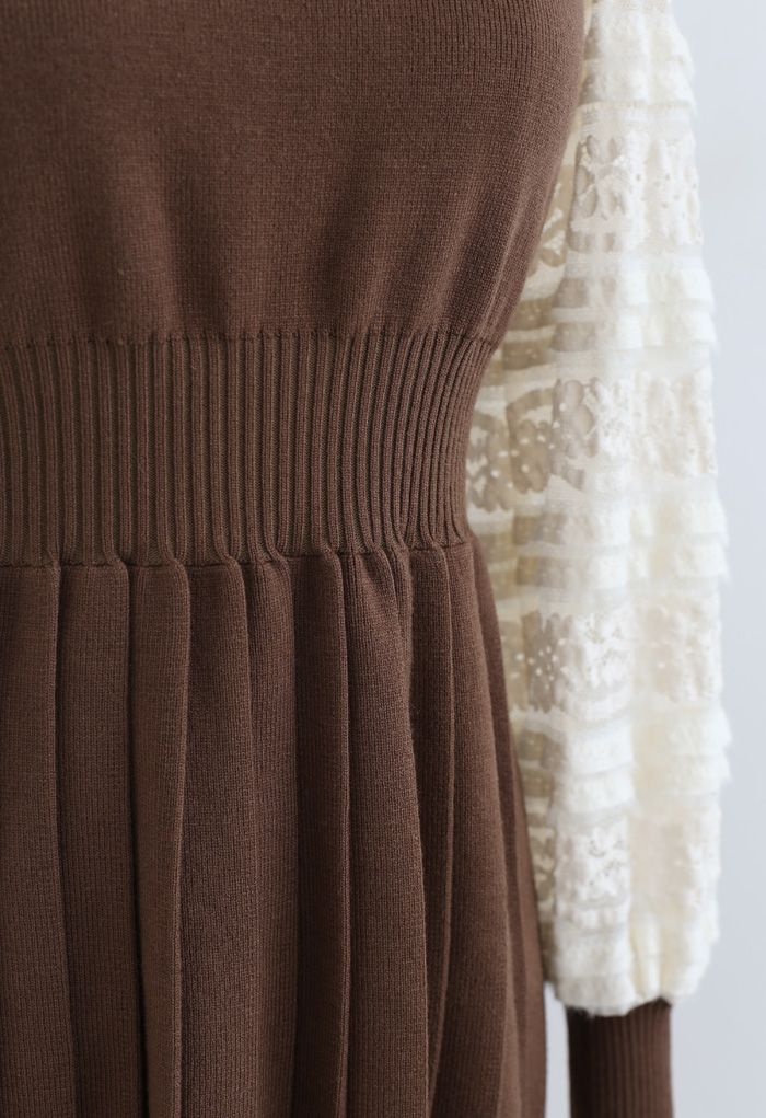 Spliced Lace Sleeves Pleated Knit Dress in Caramel