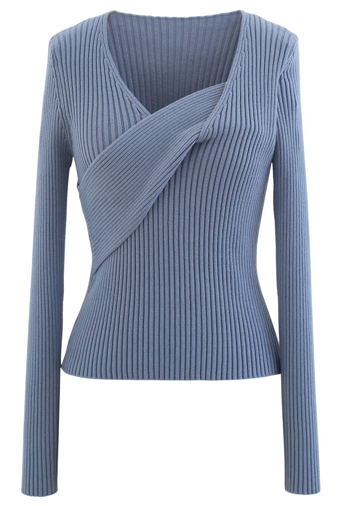 V-Neck Fitted Knit Top in Blue