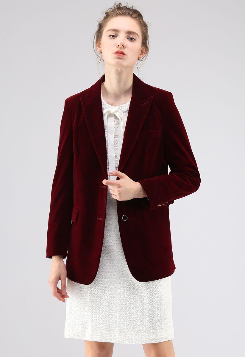 Noble Chic Velvet Blazer in Wine