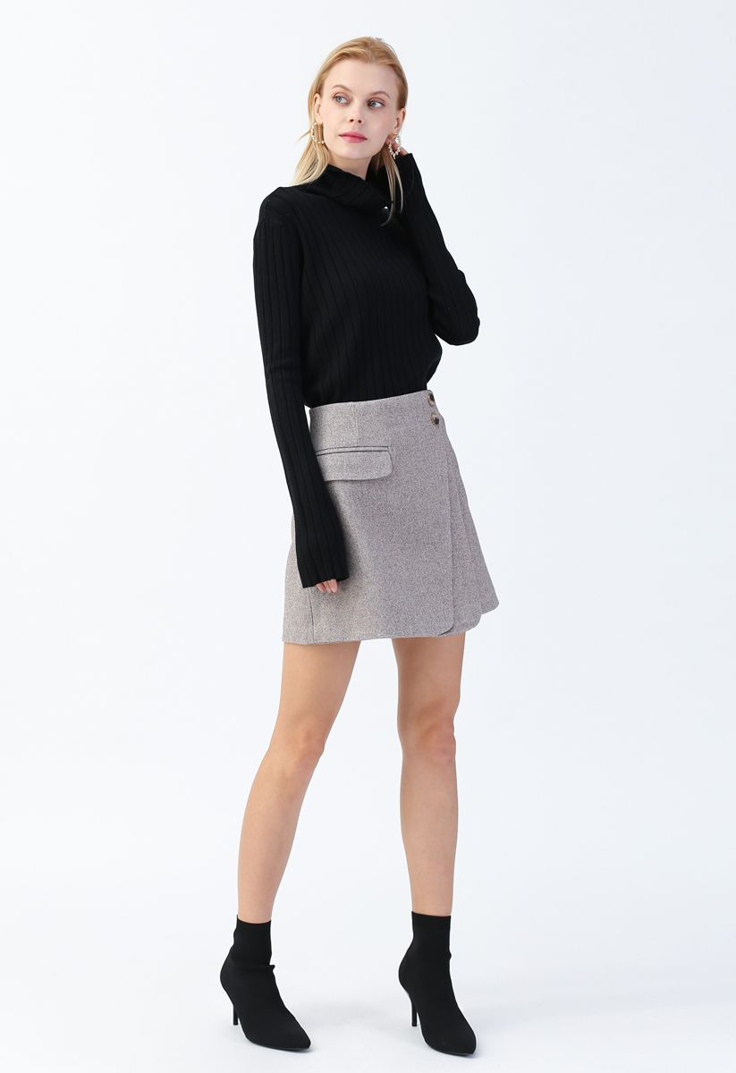 Turtleneck Sleeves Knit Sweater in Black