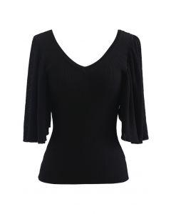 Drape Short Sleeves V-Neck Knit Top in Black