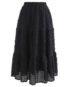Full of Embossing Frill Hem Midi Skirt in Black