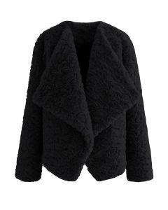 Wide Lapel Snug Faux Fur Coat in Black