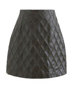 Diamond Textured Faux Leather Bud Skirt in Dark Green