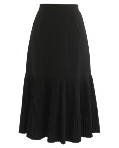 Don't Forget to Pleat Midi Skirt in Black